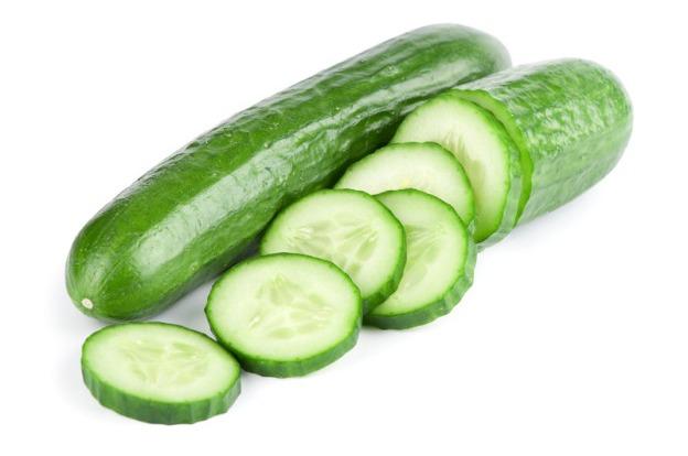 Komkommers per doos 12 stuks import